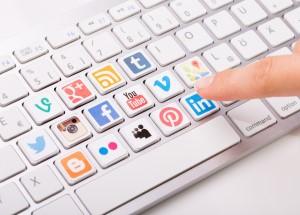 RH & IT : recruter les « talents »  grâce aux réseaux sociaux